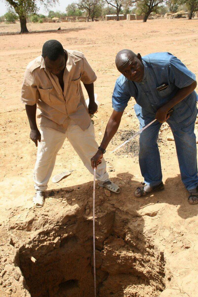 Measuring the well depth of 3 meters