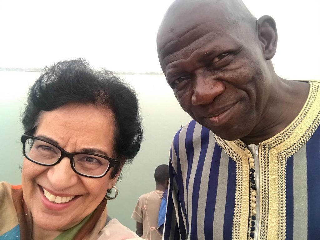 neelam and bara kassambara posing for a selfie